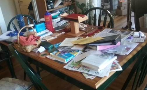 messy-dining-room-table-640x360